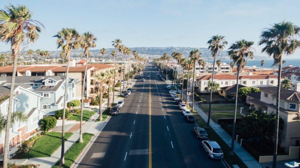 カリフォルニアの街並みを上から見た風景